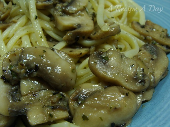 mushroom-pasta-added
