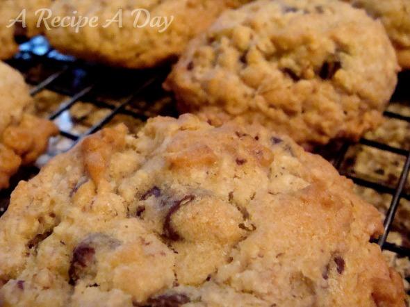 chunky-oatmeal-cookies-added-2
