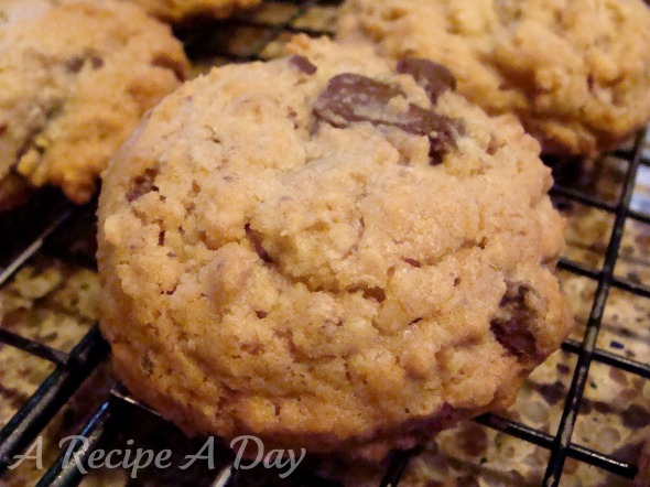 chunky-oatmeal-cookies-added