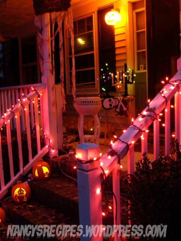 Halloween 2009 Front porch